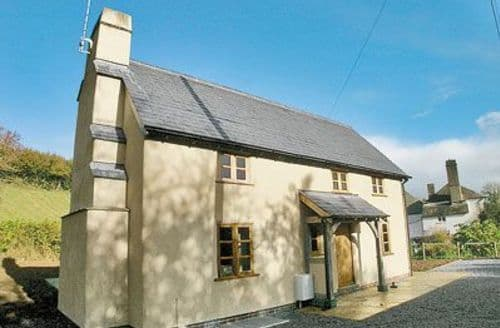 Last Minute Cottages - Stunning Buckfastleigh Apartment S19534