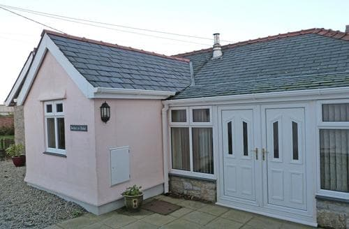 Big Cottages - Delightful Benllech Cottage S87611