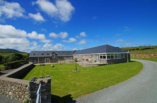 Last Minute Cottages - Captivating Rural Llyn Peninsula Lodge S87615