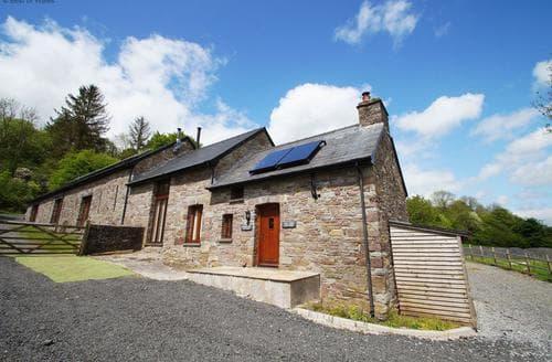 Last Minute Cottages - Luxury Brecon Cottage S87621