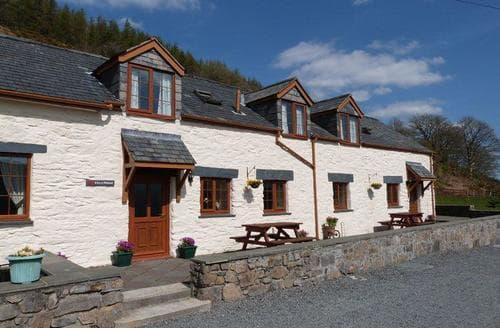 Last Minute Cottages - Stunning Betws Y Coed Cottage S87628