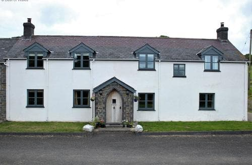 Last Minute Cottages - Ffermdy Rhyd