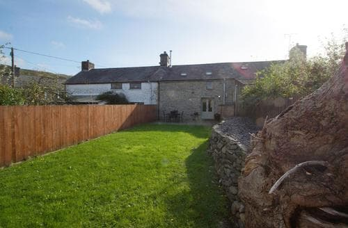 Last Minute Cottages - Bwthyn Iorwg