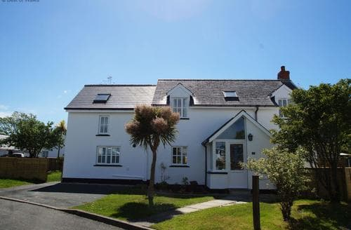 Last Minute Cottages - Gorgeous Newport Cottage S87695