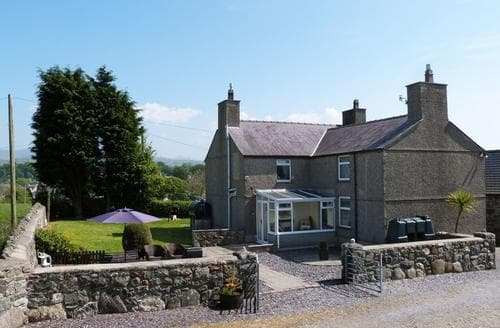 Last Minute Cottages - Exquisite Caernarfon Cottage S87712