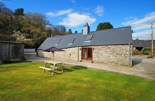 Last Minute Cottages - Stunning Machynlleth Cottage S87725