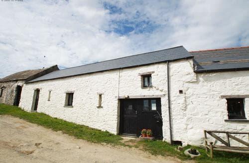 Last Minute Cottages - Adorable St Davids Cottage S87726