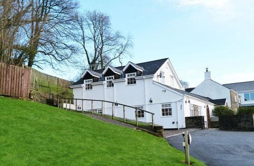Last Minute Cottages - Bwthyn y Coed