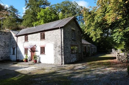 Last Minute Cottages - Ty Coets Isaf