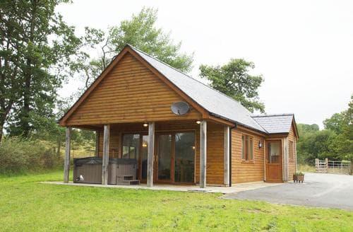 Last Minute Cottages - Llanddewi Retreat