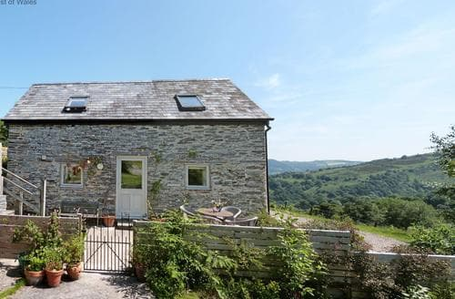 Last Minute Cottages - Stunning Llangollen Cottage S87748