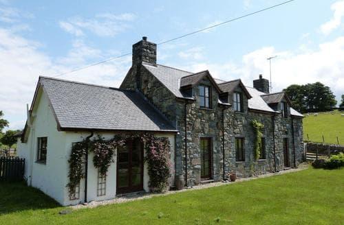 Big Cottages - Exquisite Dolgellau Cottage S87749