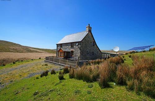 Last Minute Cottages - Ty ar y Mynydd