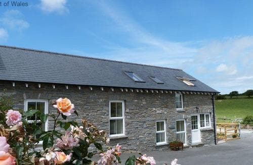 Last Minute Cottages - Brynheulwen