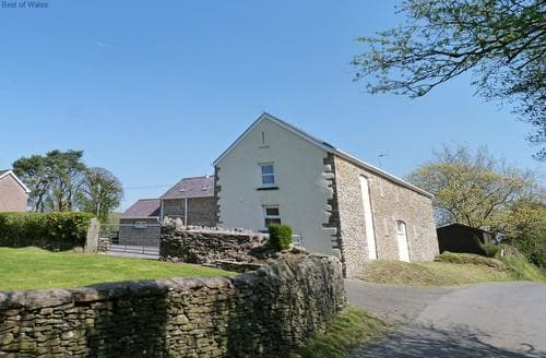 Last Minute Cottages - Ysgubor Tawe