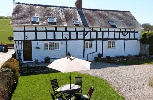 Last Minute Cottages - Charming  Cottage S87774