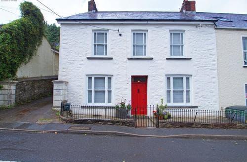 Big Cottages - Quaint Llansteffan Cottage S87781