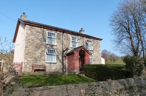 Last Minute Cottages - Luxury Machynlleth Cottage S87782