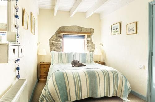 Last Minute Cottages - Charming Solva Cottage S87797