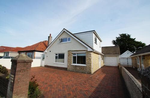 Big Cottages - Cosy Porthcawl Cottage S87799