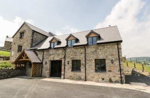 Last Minute Cottages - Inviting Clocaenog Cottage S88131