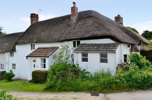 Last Minute Cottages - Hydrangea Cottage