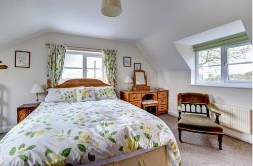 Big Cottages - Luxury Bridport Cottage S88227