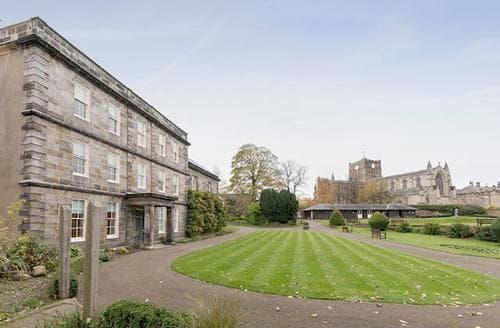 Last Minute Cottages - Inviting Hexham Apartment S88418
