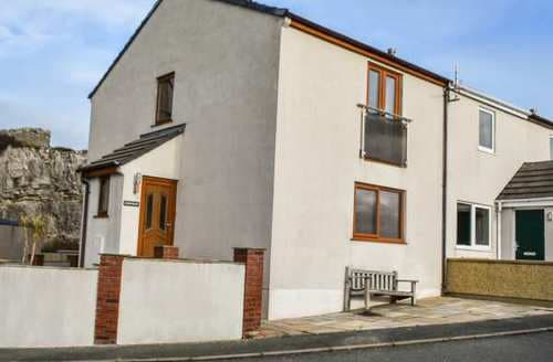 Last Minute Cottages - 11 Anglesey Road