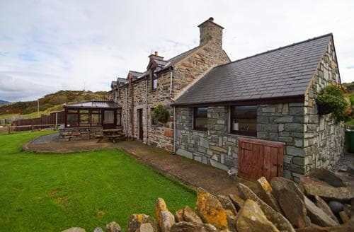 Last Minute Cottages - Gorgeous Criccieth Cottage S88554