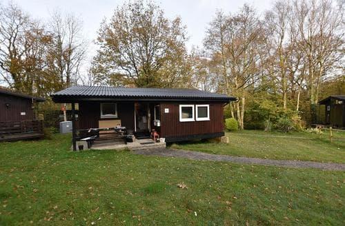Big Cottages - Quaint Cenarth Lodge S88584