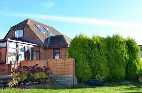 Last Minute Cottages - Cosy Marlborough Cottage S88718