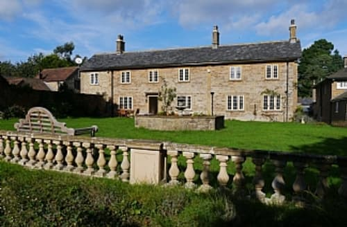Last Minute Cottages - Luxury Yeovil House S1635