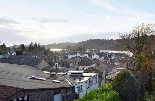 Last Minute Cottages - Captivating Bowness On Windermere Apartment S88783