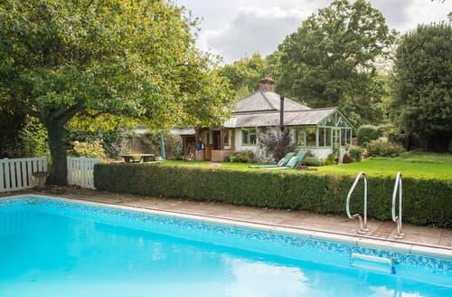 Last Minute Cottages - Luxury Burley Cottage S88825