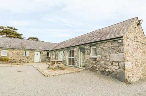 Last Minute Cottages - Beautiful Tal Y Bont Cottage S88971