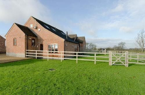 Last Minute Cottages - Inviting Stafford Cottage S89509