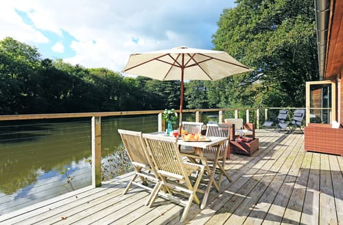 Last Minute Cottages - Captivating Cornwall Lodge S89730
