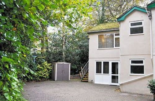 Last Minute Cottages - Superb Wimborne Apartment S19978