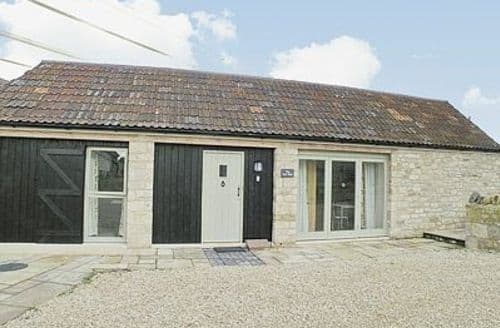 Last Minute Cottages - CART SHED (unit 5)