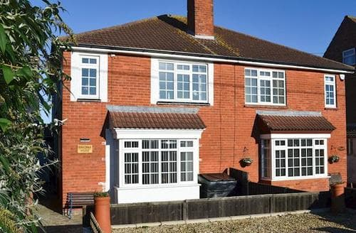 Last Minute Cottages - Stunning Mablethorpe Cottage S90517