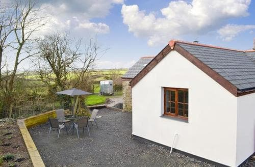 Last Minute Cottages - Inviting Hartland Cottage S90522