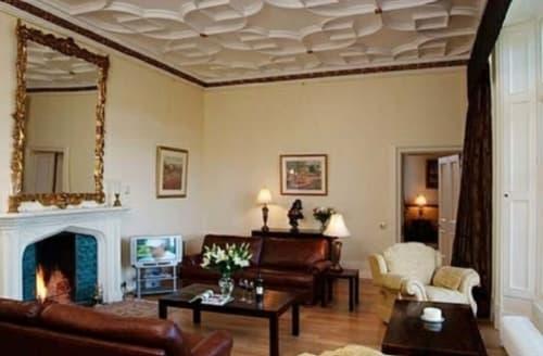 Last Minute Cottages - Manor Hall