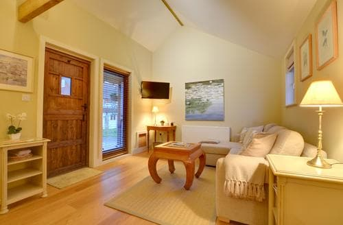 Last Minute Cottages - Inviting Cranbrook Cottage S90600