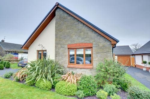 Last Minute Cottages - Captivating Narberth Cottage S90799