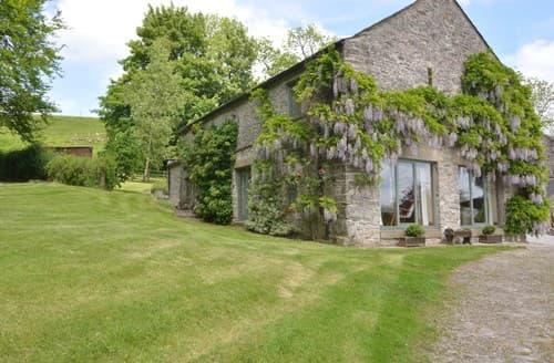 Big Cottages - Luxury Buxton Barn S90866