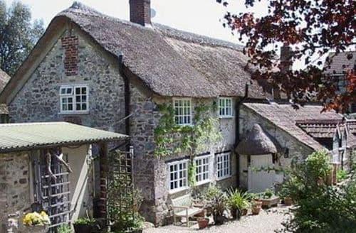 Last Minute Cottages - Luxury Chard Cottage S20072