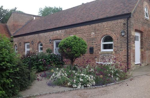 Big Cottages - Superb Berkhamsted Cottage S90953