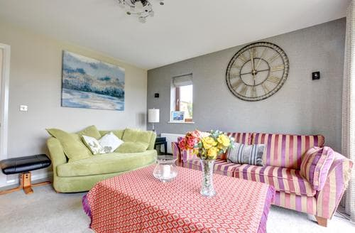 Last Minute Cottages - Tasteful Narberth Cottage S91011