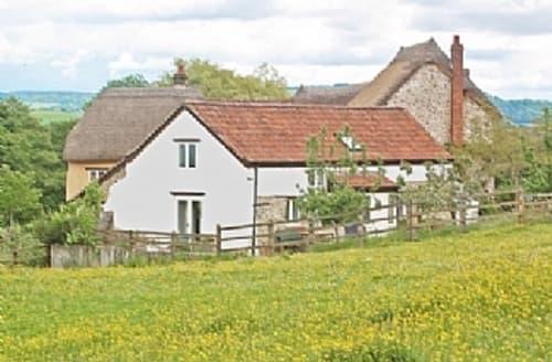 Last Minute Cottages - Delightful Colyton Cottage S1679